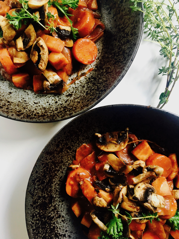 vegetarisch recept, yoga keuken, yoga food, gezond recept, vegetarische bourguignon, vegetarisch eten